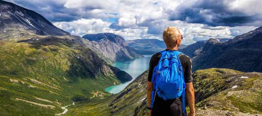 Deportes de aventura. Senderismo. Trekking