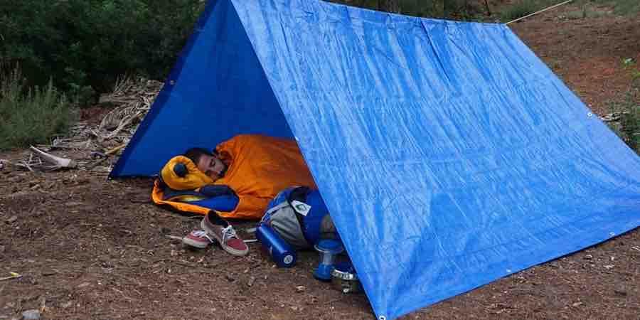 Vivac significado, vivacs, tiendas de campaña familiares outlet, vivac que es, tarp vivac, vivac montaña, dormir en la montaña, dormir en vivac, fer vivac