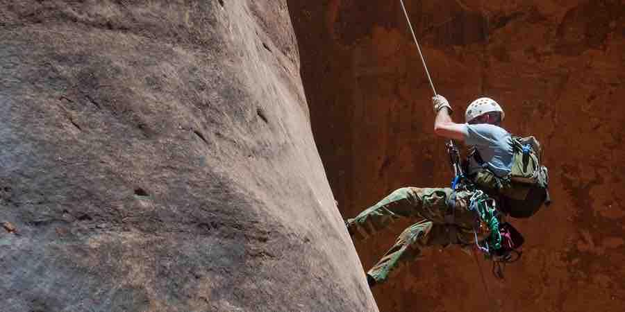 descensor escalada, desnivel escalada