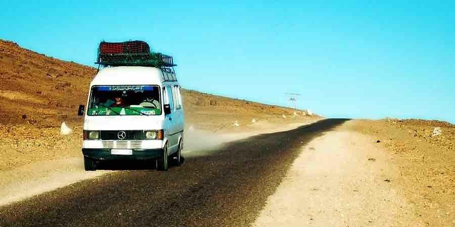 De ruta con furgoneta camperizada